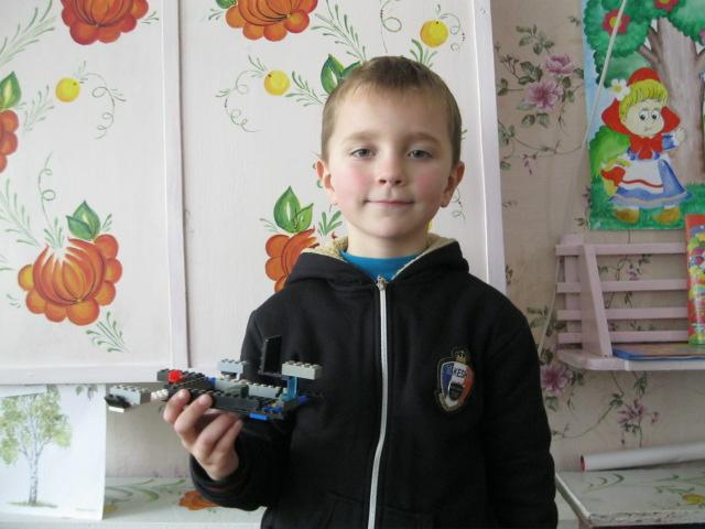 Максим и его сверхзвуковой самолет МАКС-1
